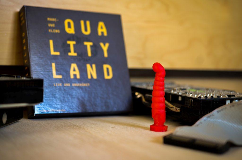 Qualityland von Marc-Uwe Kling. Rezension auf www.nixzulesen.de